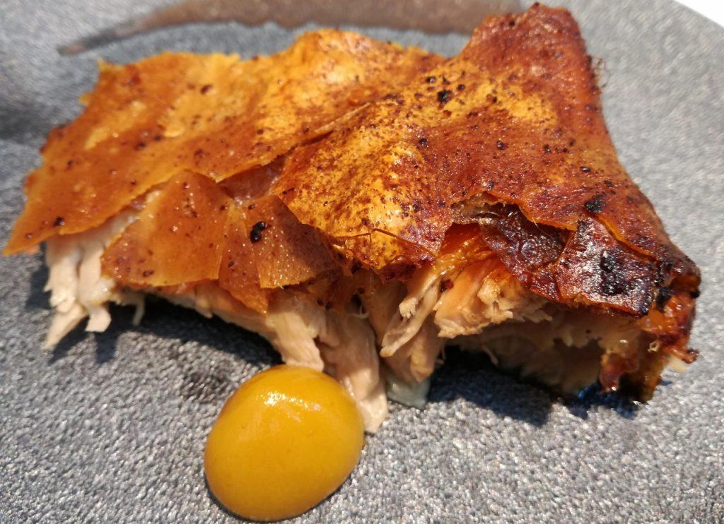 El cochinillo de Mario sandoval. Expresión total de esa mirada a la tradición desde la alta cocina.