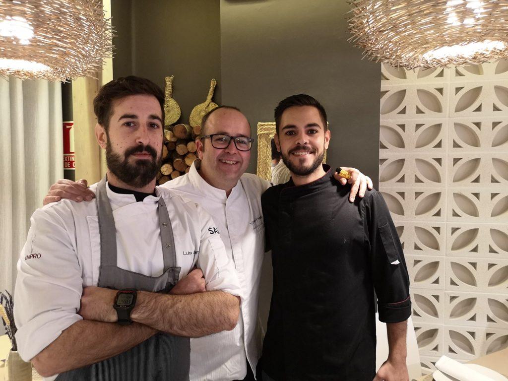 Luis, Patiño y Fonsi.