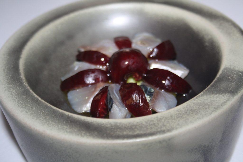 18-caballa-con-cerezas-y-aguacate-sao